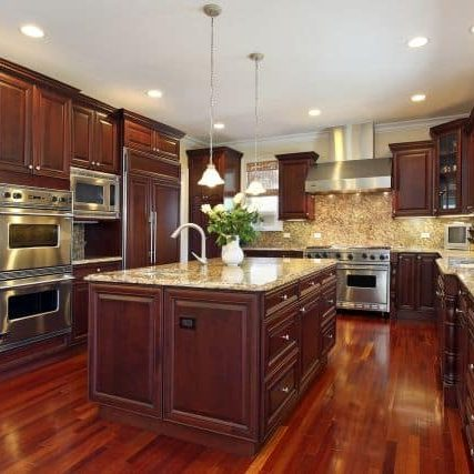 Gentil Kitchen In Luxury Home With Cherry Wood Cabinetry
